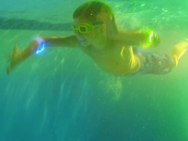 Underwater bracelets
